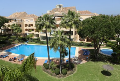 seaviews beachside marbella sunny appartment